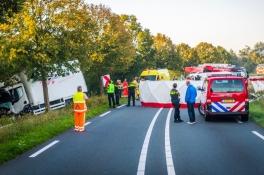 Meerdere gewonden na botsing in Gemert, slachtoffers bekneld in vrachtwagen en bestelbus