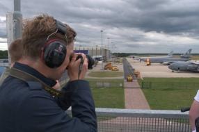 Feestelijk onthaal voor nieuw militair tankvliegtuig op Vliegbasis Eindhoven