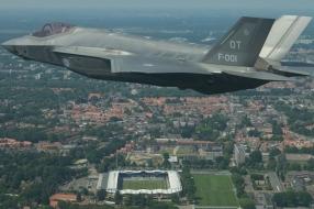 Komt de F35 naar de Luchtmachtdagen? Vliegend tankstation met pech gooit mogelijk roet in het eten