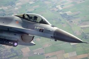 Vier F-16's keren vanuit IS-gebied terug naar Volkel