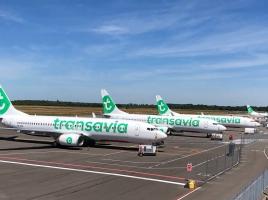 Coronanieuws: niet meer dan 7732 reizigers voor Eindhoven Airport in april